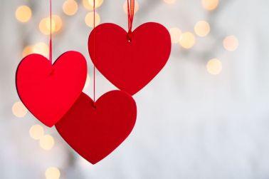 gallery-1515434402-valentinesdayfacts